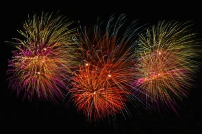 fireworks-freedigitalphotosnet-liz-noffsinger1